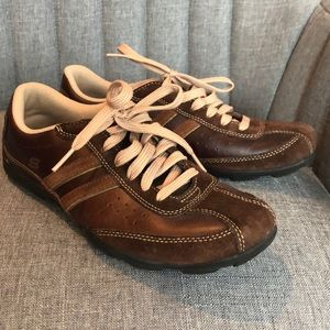 { Sketchers } Brown Leather Lace-Up Sneakers 7.5
